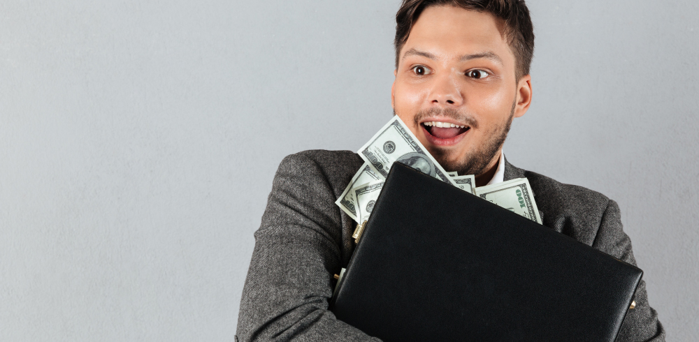 10 tips for managing your personal finances better